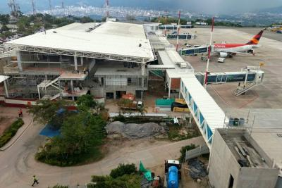 Han llegado menos viajeros al Aeropuerto Palonegro
