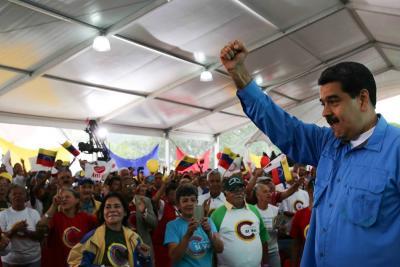 """Maduro propuso a la oposición unirse a una """"mesa de paz"""" ante la Constituyente"""