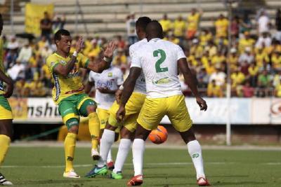 Atlético Bucaramanga perdió 1-0 ante el Huila y no para la crisis