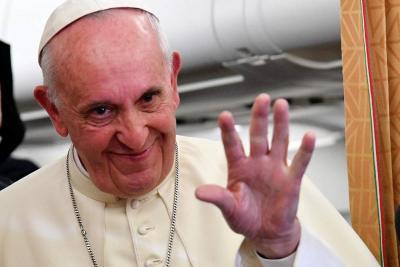 Papa solicitó compañía de la Virgen de Chiquinquirá en su visita a Colombia