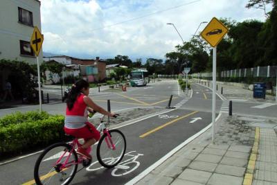Se presentaron 60 oferentes para construir primer tramo de ciclorruta en Bucaramanga