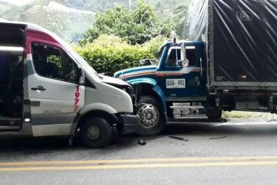 Accidente de tránsito dejó ocho heridos en Piedecuesta
