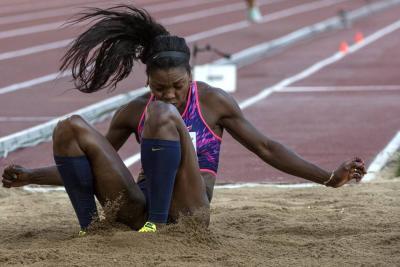 Caterine Ibargüen clasificó a la final del Mundial de Atletismo