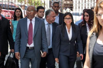 Crece condena mundial contra consolidación de dictadura en Venezuela