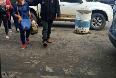 Detenida registradora que daba ciudadanía colombiana a inmigrantes ilegales