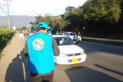 Expiden boletas de captura para 30 mil autos en Bucaramanga