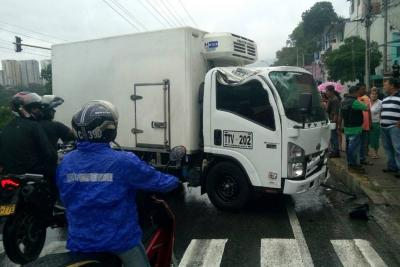 Una persona resultó lesionada en accidente entre Bucaramanga y Girón