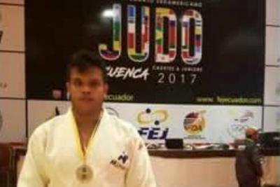 El santandereano Emanuel Arias logró plata en Ecuador