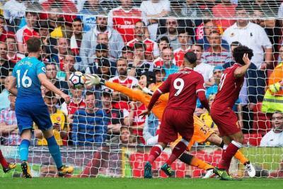 Arsenal, sin Ospina, fue goleado 4-0 por el Liverpool en la Liga Premier