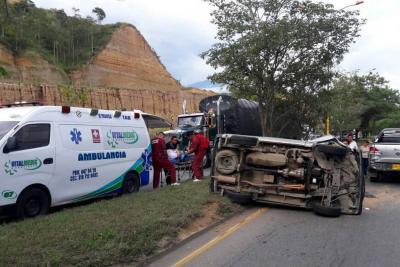 Mujer resultó herida tras accidente de tránsito en el Anillo Vial