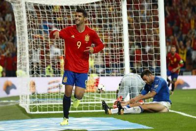 España queda a un paso del mundial tras vencer a Italia
