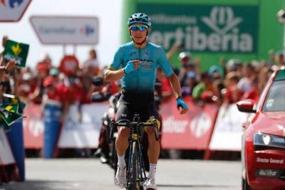 Miguel Ángel López repite victoria de etapa en la Vuelta a España