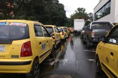Taxistas denuncian aumento de robos en Bucaramanga