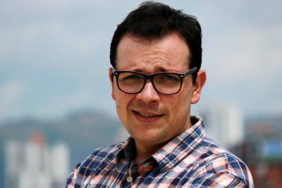 Un profesor de la UNAB y  de la UDES gana concurso de 'obras literarias inéditas'