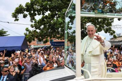 Papa Francisco rechazó la violencia política y pidió una solución en Venezuela