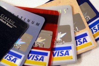 En agosto, cuotas de manejo de tarjetas de crédito crecieron hasta 15%