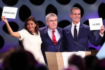 París y Los Ángeles serán sede de los Juegos Olímpicos de 2024 y 2028