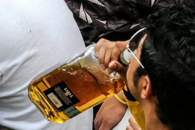 Tramitan ley para prohibir venta de licor a menores de 21 años en Colombia