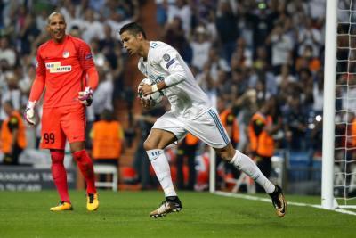Cristiano despertó al Madrid  y el City comenzó a lo grande