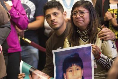 """Trump quiere resolver el dilema de los """"soñadores"""", pero no apoyará amnistía"""