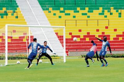 Bucaramanga buscará esta noche un triunfo ante Medellín