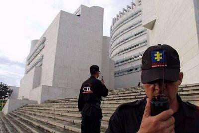 Fiscal de Bucaramanga revisará denuncia de  'chuzadas' a Lombana