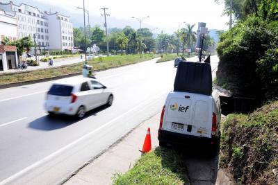 'Tatequieto' al carro de las fotomultas en Floridablanca
