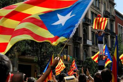 Cinco días tendrá Puigdemont para confirmar independencia de Cataluña