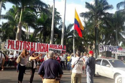 Sindicatos realizaron plantón en el Centro de Bucaramanga
