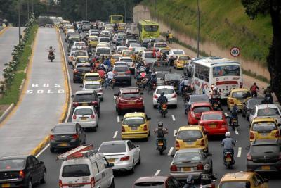 Movilidad vehicular no avanza en el área metropolitana de Bucaramanga