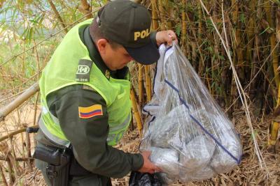 Policía incautó 10 mil dosis de marihuana en el barrio La Joya de Bucaramanga
