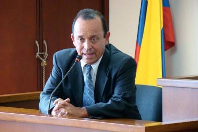 Audiencia contra Santiago Uribe fue reprogramada para el 27 de octubre