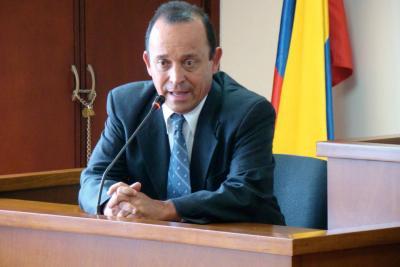 Audiencia contra Santiago Uribe será el 27 de octubre