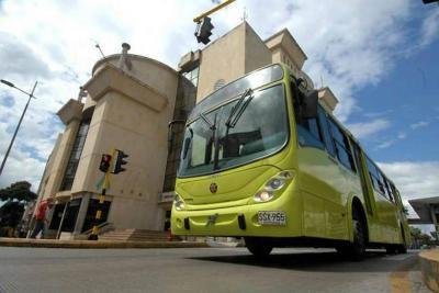 Dos rutas de Metrolínea se modifican este lunes