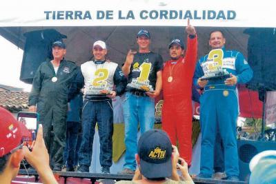 'JJ' se subió al podio del rally en Antioquia