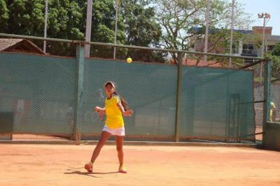 Santandereana le da el primer triunfo a Colombia en Suramericano de tenis