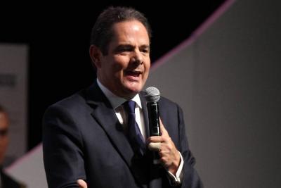 """Farc tienen plan político para llegar al poder e """"incendiar el país"""": Vargas Lleras"""