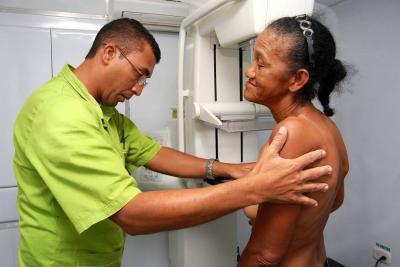 Cada semana mueren más de 2 mujeres por cáncer de mama en Santander