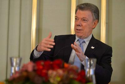 Ganadores de Nobel piden a Santos aumentar recursos para la ciencia en Colombia