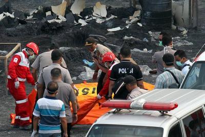 Explosión en fábrica de fuegos artificiales deja 47 muertos y 43 heridos
