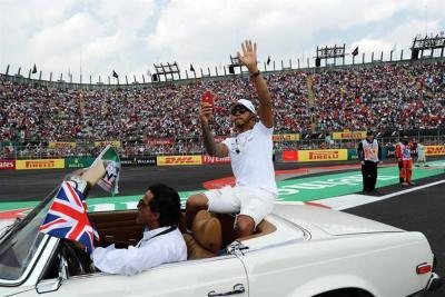 Lewis Hamilton se coronó campeón de la Fórmula Uno por cuarta vez