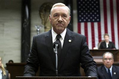 Compañeros de Kevin Spacey en 'House of Cards' también lo acusan de abuso sexual