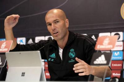 Zidane se refirió a la ausencia de James en el Madrid