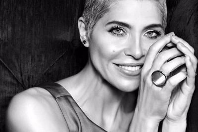 Bloquean Facebook a Lorena Meritano por compartir publicación sobre sus senos