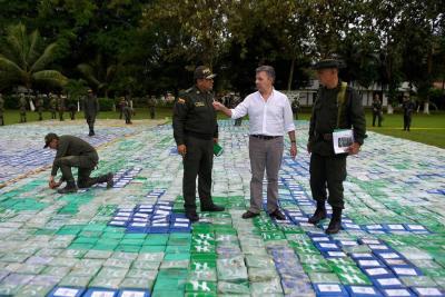 Histórico golpe: Policía incauta 12 toneladas de cocaína en el Urabá