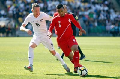 Perú empató 0-0 con Nueva Zelanda y buscará su clasificación en Lima