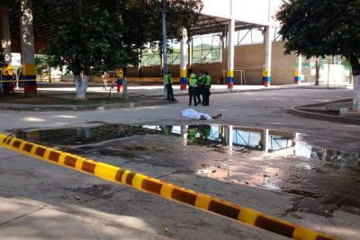 Un hombre fue asesinado junto a la cancha del 1 de Mayo en Girón