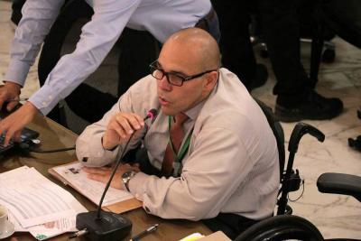 Raúl Salazar renunció a la Secretaría de Salud