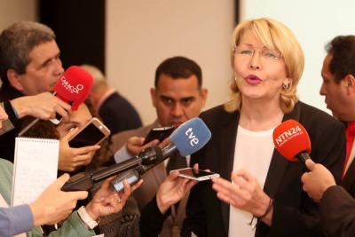 "Exfiscal Luisa Ortega pidió ""orden de arresto internacional"" contra Maduro"