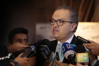 Procuraduría afirma que puede sancionar a funcionarios de elección popular